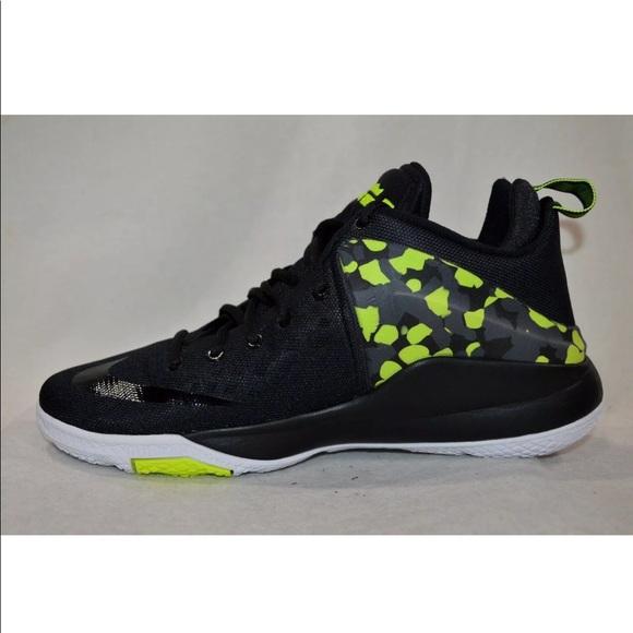 hot sale online 1a8a9 1dff4 Lebron Nike Zoom Witness
